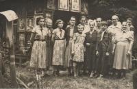 Women at the Chapel of St. Anne in Potučník
