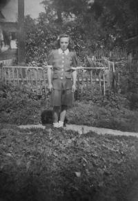 Anna Matysová (Kršková) in the garden of a family house in Hynčice nad Moravou