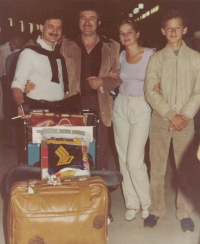The Sydney airport - after landing of the flight from Wien-Singapour-Sydney with Júlia, September 1981. From the left Albín, his brother Eduard, Júlia, Roman - a son of his cousin Jaroslav.