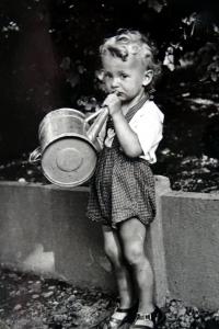 Jiří Langer as a child in Adamov in 1938