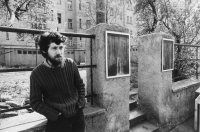 Exhibition in the courtyard, where Jaroslav had an atelie in Mánesova street 84 on 27 April, 1978 in Prague