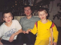With both sons during Christmas 1993