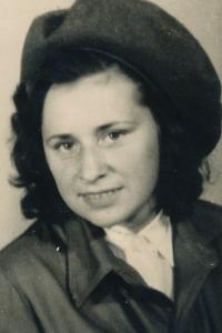 witness in 1945
