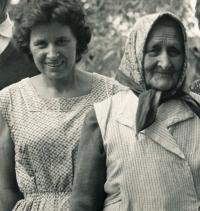 Maminka and Zofia in 1965