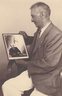 Gustav's grandfather Šubrt (1947)