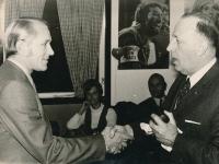 The owner of the Go Ahead Deventer club congratulates to Josef Jelínek on November 28, 1971