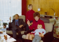 In a Dutch apartment with his family, between 1970 and 1972