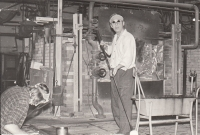 Her husband Alfred Med at work in the glass factory in Svor