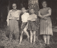 Parents and two brothers of Miloslava Medová, circa1960