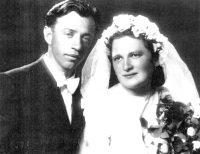 Parents Josef and Marie Adámek on a wedding photograph in 1944