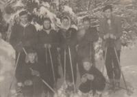 Skiing with her friends, 1954 (Miloslava Medová with the white scarf)