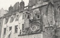 The ruins of the Old Town City hall and its heart, the astronomical clock, deeply saddened Jan