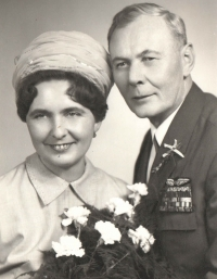 Wedding photograph of Blanka and Jan Irving, 30th January, 1970