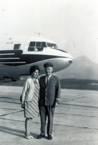 Jan found a safe harbour of peace and love with his beloved wife. He would take her along to his flights. Here, they are at the Poprad airport in the summer of 1970.