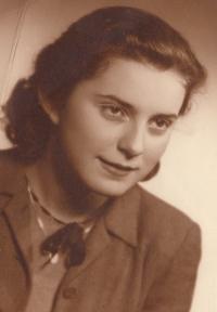 Eva Pacovská, Praha, cca 1949, historical photography