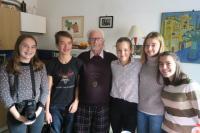 Fotografie s autory nahrávky k projektu Příběhy našich sousedů