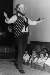 Pásmo písniček Karla Hašlera v podání divadelního souboru Lužany, 1986