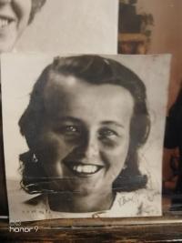 Věra Skrbková in her youth.