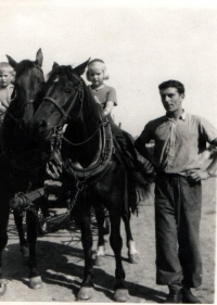 Josef Davídek in spring 1953