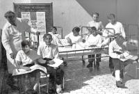 V léčebném ústavu v Dolnom Smokovci, pamětník první zleva, 1946