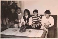 Rodina Kuhnových, nové začátky v Bavorsku, 1994