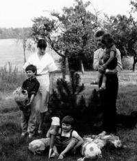 První školní den bratra Axela, 1985