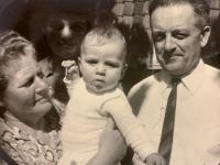 Markus Rindt with grandparents from the Krkonoše mountains