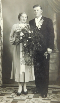 The wedding photograph of parents Vojtěch and Drahomíra