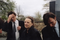 Daniel Balabán with his mother and brother Jan on the funeral of Daniel Balabán Sr. - Sněžné in Vysočina, 2004