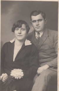 Witness´ parents, Jan and Marie Liška (1930 or 1940s)