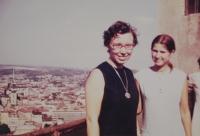 Professor Marta Westphal,  who had been working with the Taizé community in France, visiting Světluše Košíčková in Brno in 1971