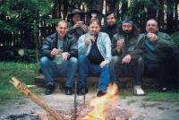 Parta ze střední školy. S. Duchek v první řadě druhý zprava, rok 2007.