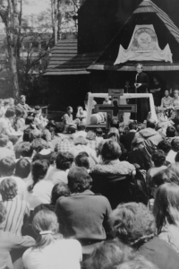Světluše Košíčková at Taizé congregation in Katowice in 1981
