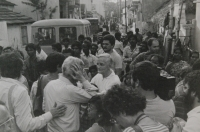 Světluše Košíčková at Taizé congregation in Madras, India, in 1986; Brother Roger in the centre