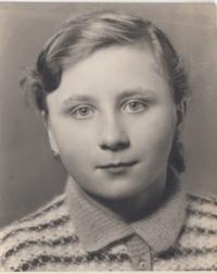 Věra Ptáčková in 1952