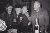 Jiří Dienstbier Sr., left,  visiting Sergej Machonin at the turn of the year 1976/1977 with a declaration of Charter 77. Sergej Machonin, in the middle, sculptor Olbram Zoubek, right.