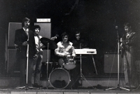 Pavel Bártek (on the left with a guitar) at a performance in M-Club / Nový Jičín / 1983