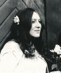 Lenka Kocourová at her wedding in 1971