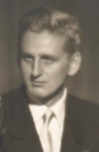 Miroslav Pešta in 1955