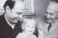 S otcem a synem Martinem; 1971