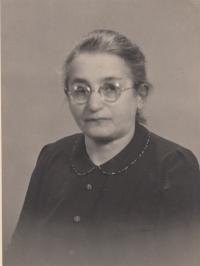 Josefína Ledererová, polovina 30. let