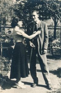 S bratrem Jaroslavem, 1950