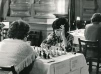 Na pásmovém turnaji mistrovství světa žen v Karlových Varech 1975