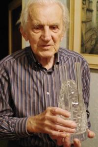Milan Tichák s Cenou města Olomouce, která mu byla udělena za dlouholetou práci v oblasti olomoucké vlastivědy