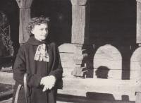U kostelíka z Podkarpatské Rusi na Petříně 8. dubna 1956