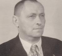 Mlynář Josef Blažek, který byl do roku 1955 vězněn v Dolních Kralovicích, Jihlavě, Táboře a nakonec v jáchymovských lágrech. Foceno v roce 1958