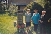 Slavnostní odhalení pamětní desky, 2002