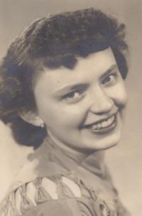 Věra Rolečková *1937