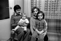 Wladyslaw Frasyniuk s ženou Krystynou a dcerami Joannou a Dominikou.