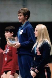 Milena Duchková na stupních vítězů na OH v Mexiku 1968